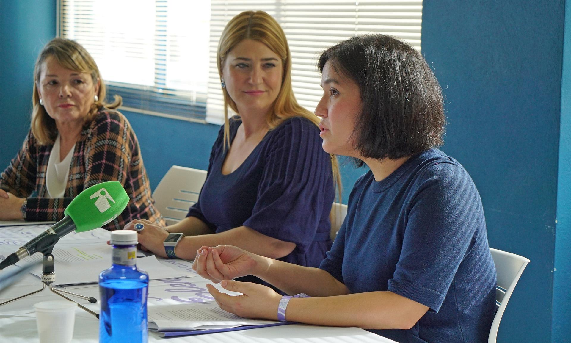 Priscila Monteiro durante la rueda de prensa
